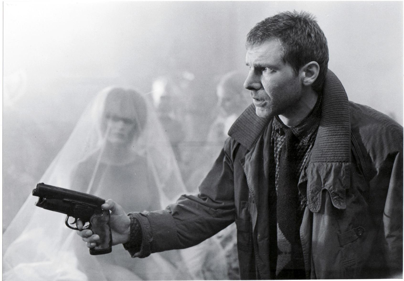 Harrison-Ford-as-Deckard-in-Bladerunner-blade-runner-8242635-1692-1179.jpg