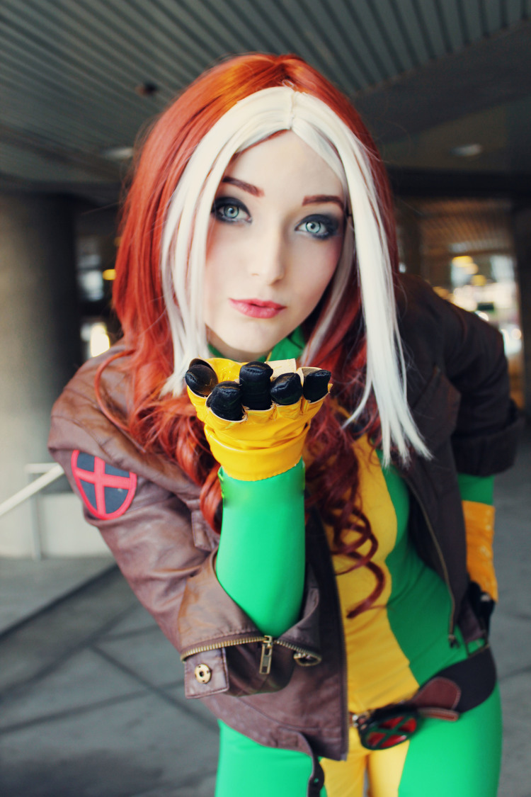 SugarBunnyCosplay  is Rogue — Photo by  MonMonMouse
