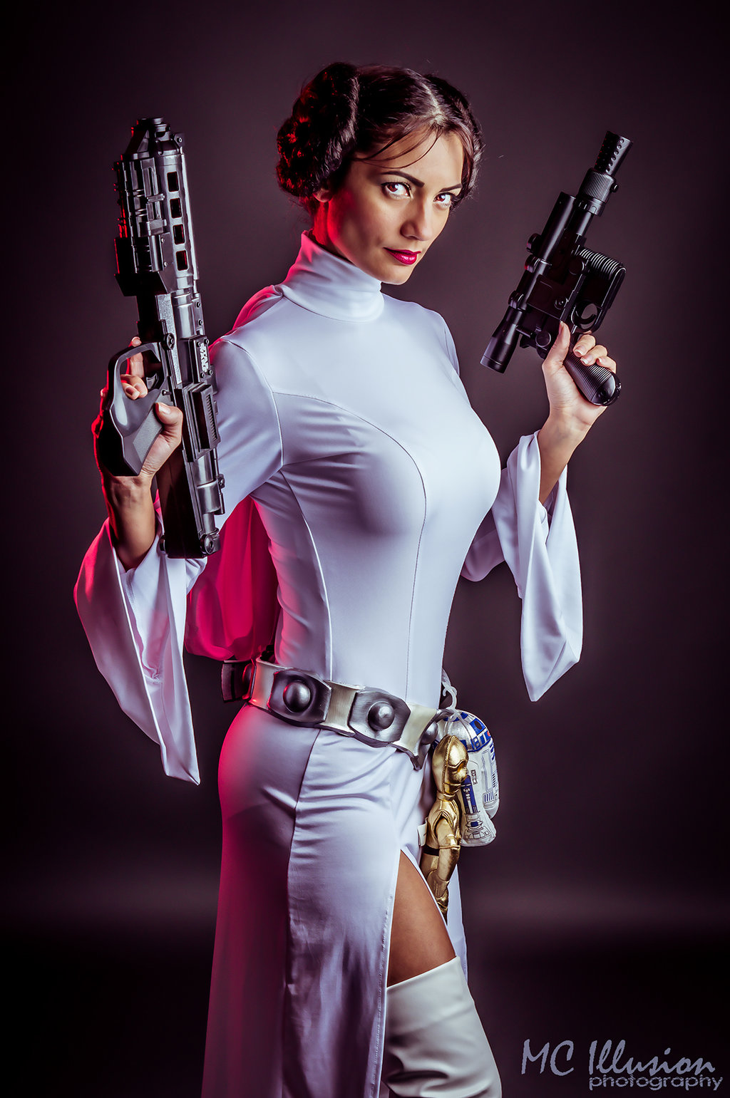 Ivy95  is Priness Leia — Photo by MC Illusion — Based on Art by RobDuenas
