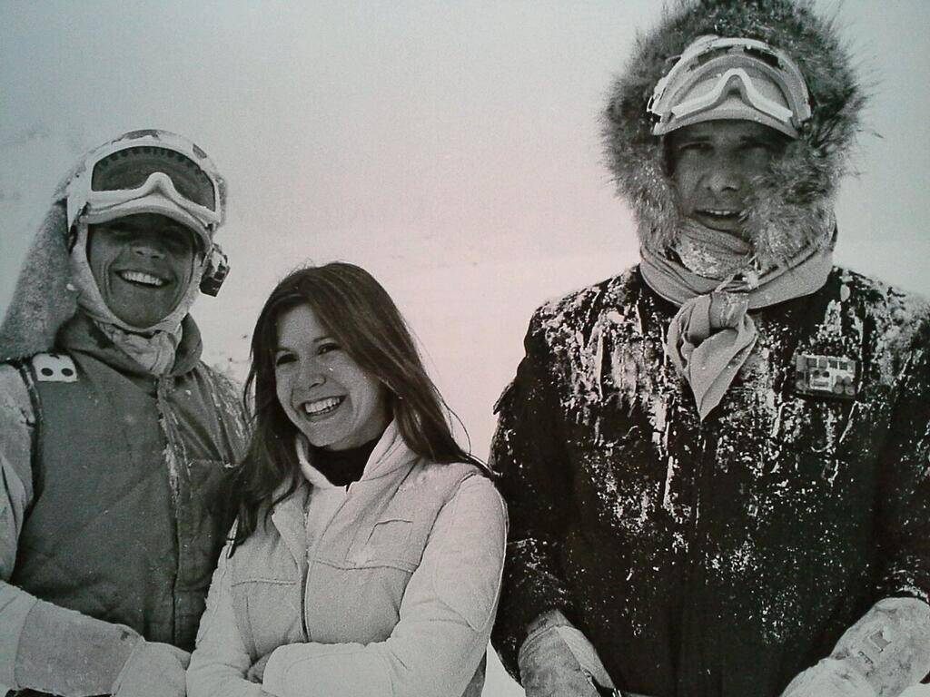 empire-strikes-back-set-photo-good-times-on-hoth