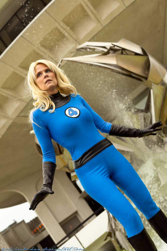 Kolibri-Chan  is Invisible Woman | Photo by:  Weatherstone