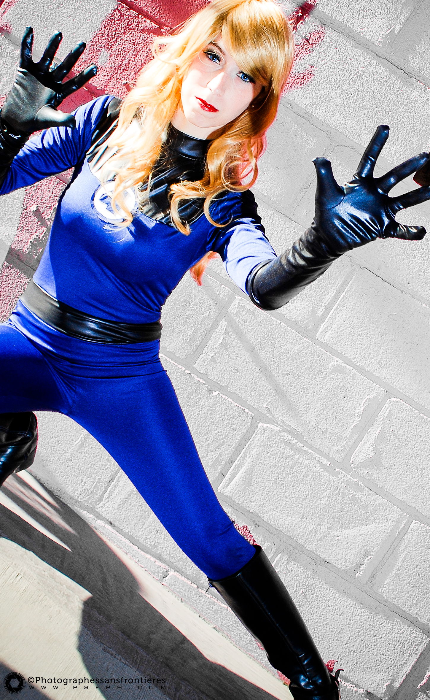 Blackro  is Invisible Woman | Photo by:  Photographes Sans Frontieres