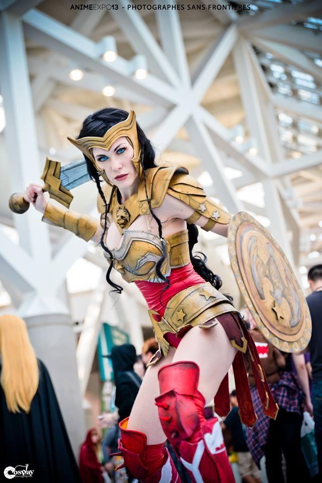 Lady Lemon Cosplay  is Wonder Woman — Photo by  Fernando Brischetto