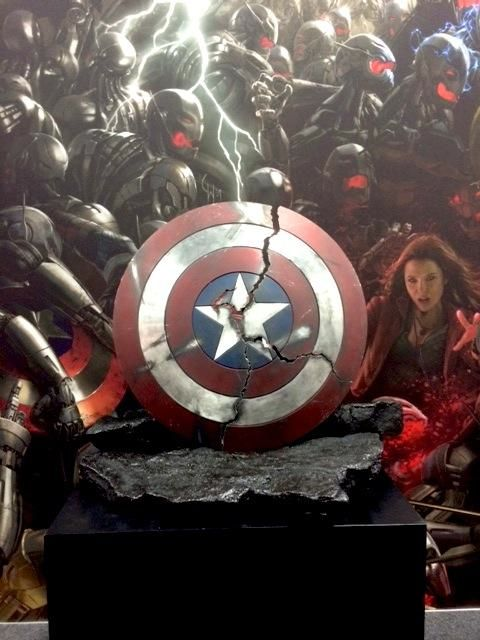 avengers-age-of-ultron-props-ultron-mark-1-and-cracked-cap-shield