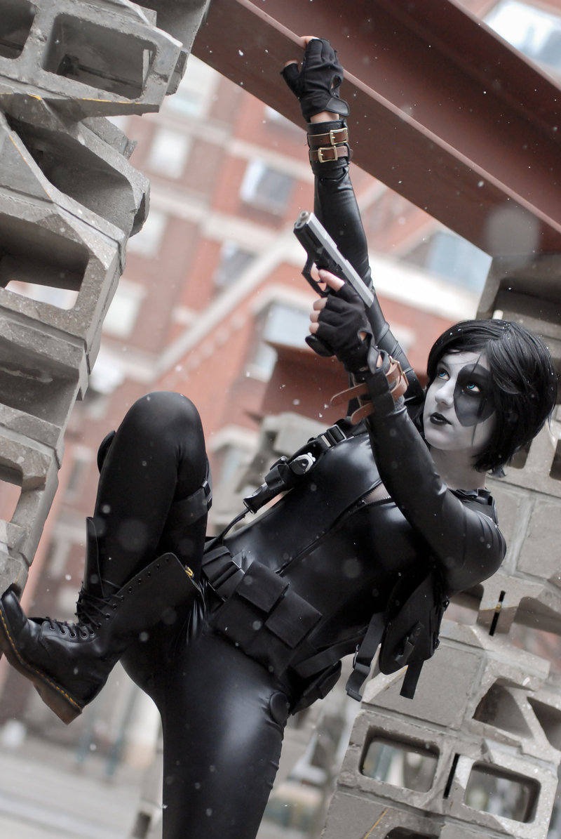 KOCosplay  is Domino | Photo by:  Ron Gejon