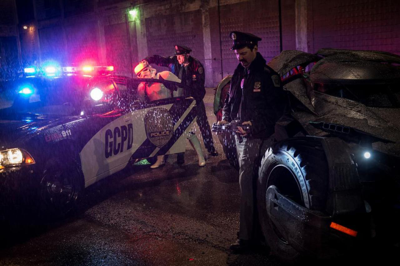 gotham-city-police-arrest-stormtrooper-in-latest-photo-from-zack-snyder
