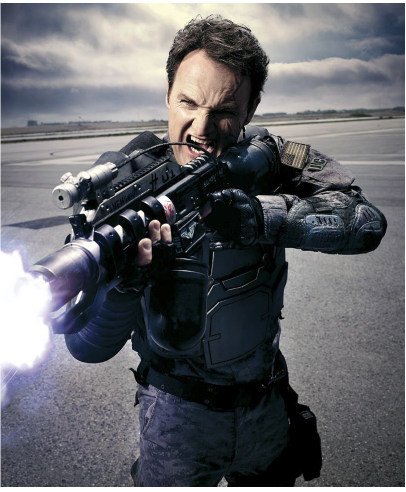 new-terminator-genisys-photos-with-yelling-and-shooting1