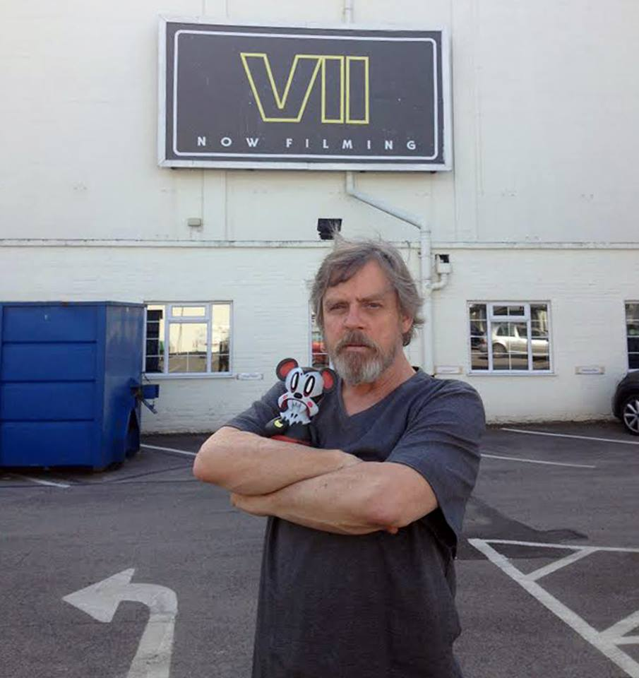 mark-hamill-shares-thoughts-on-star-wars-the-force-awakens-trailer