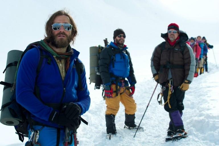 new-photo-of-jake-gyllenhaal-from-everest