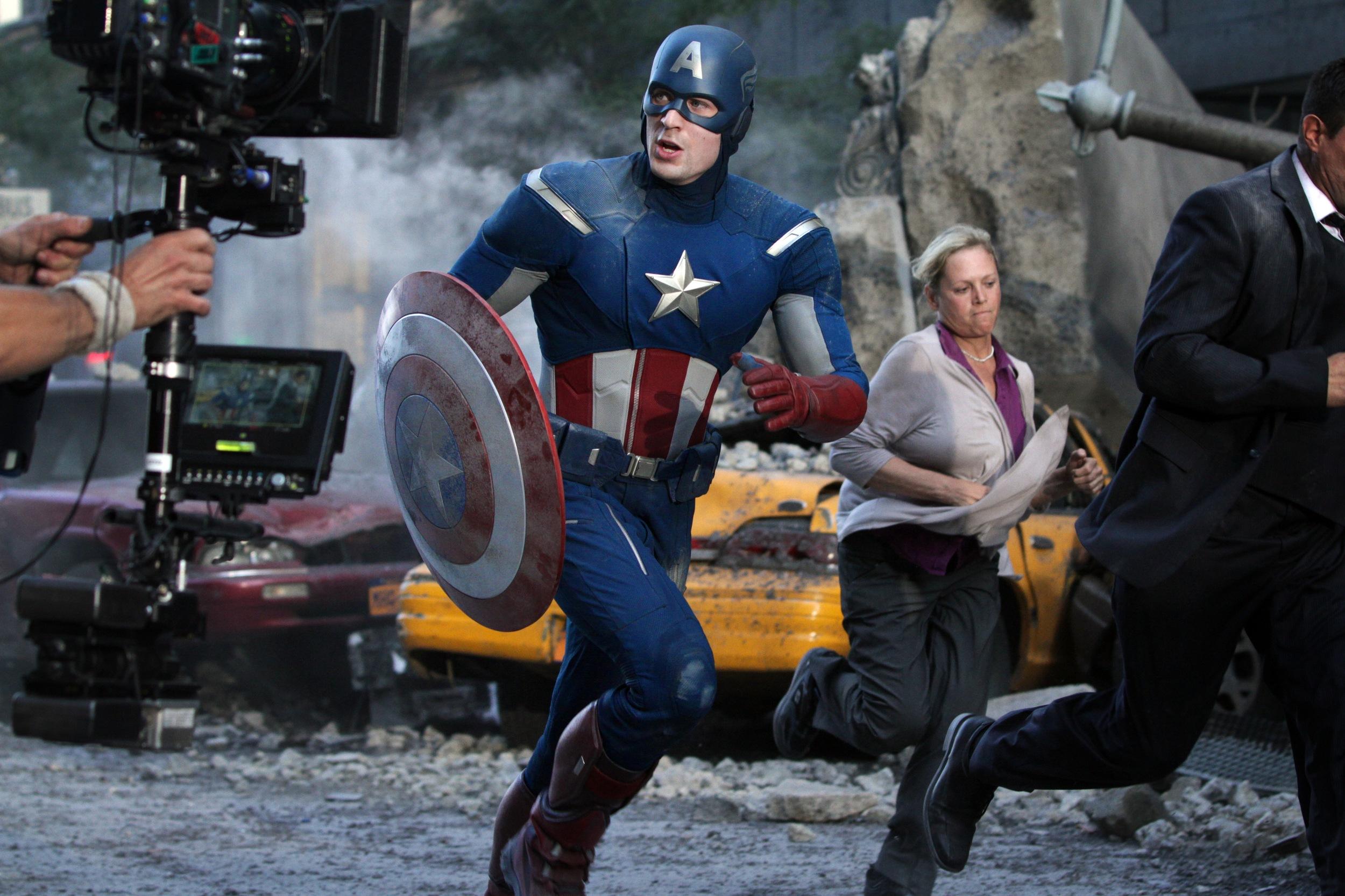the-evolution-of-captain-americas-uniform-avengers-3.jpg