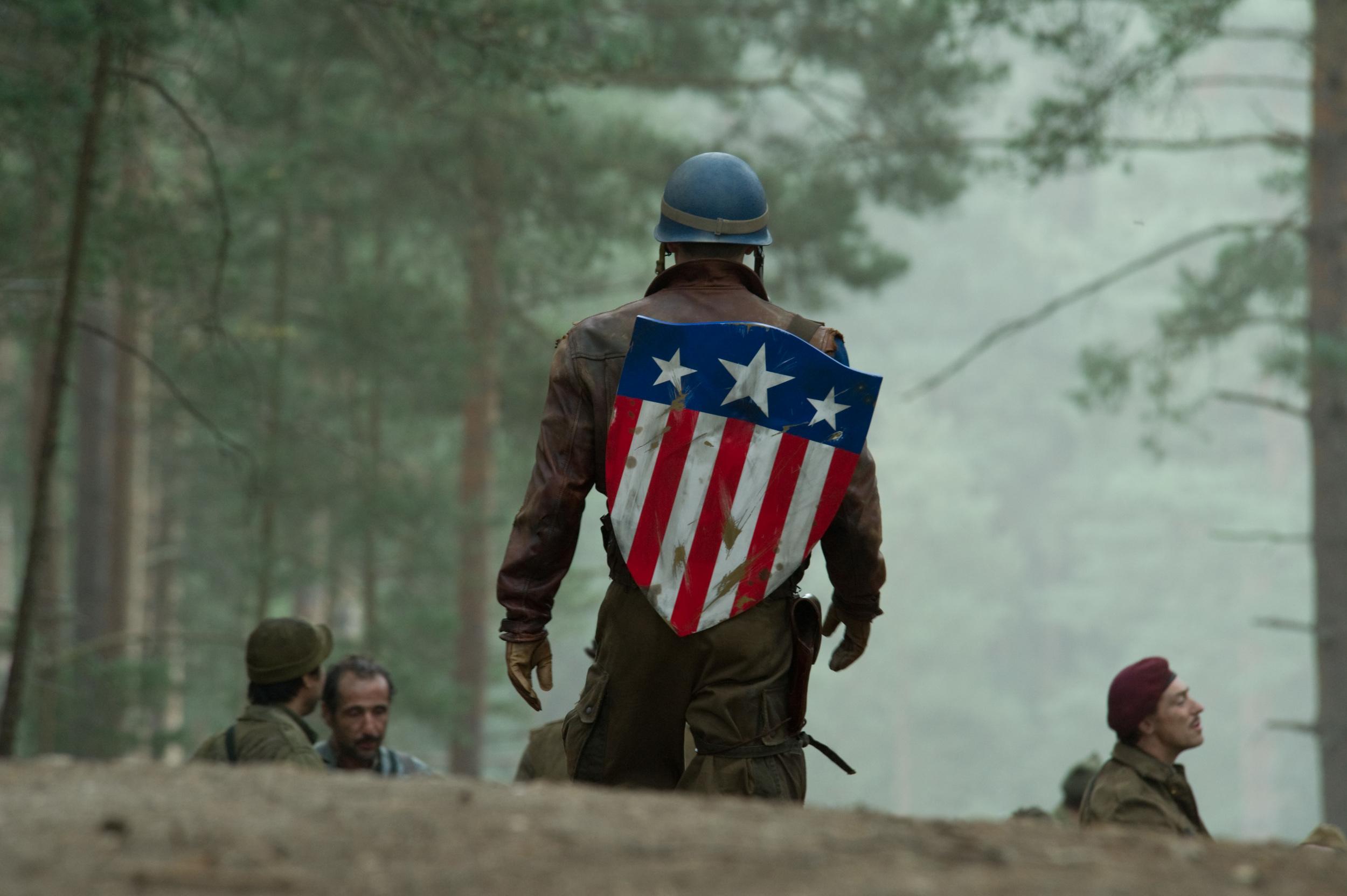 the-evolution-of-captain-americas-uniform-rescue-3.jpg