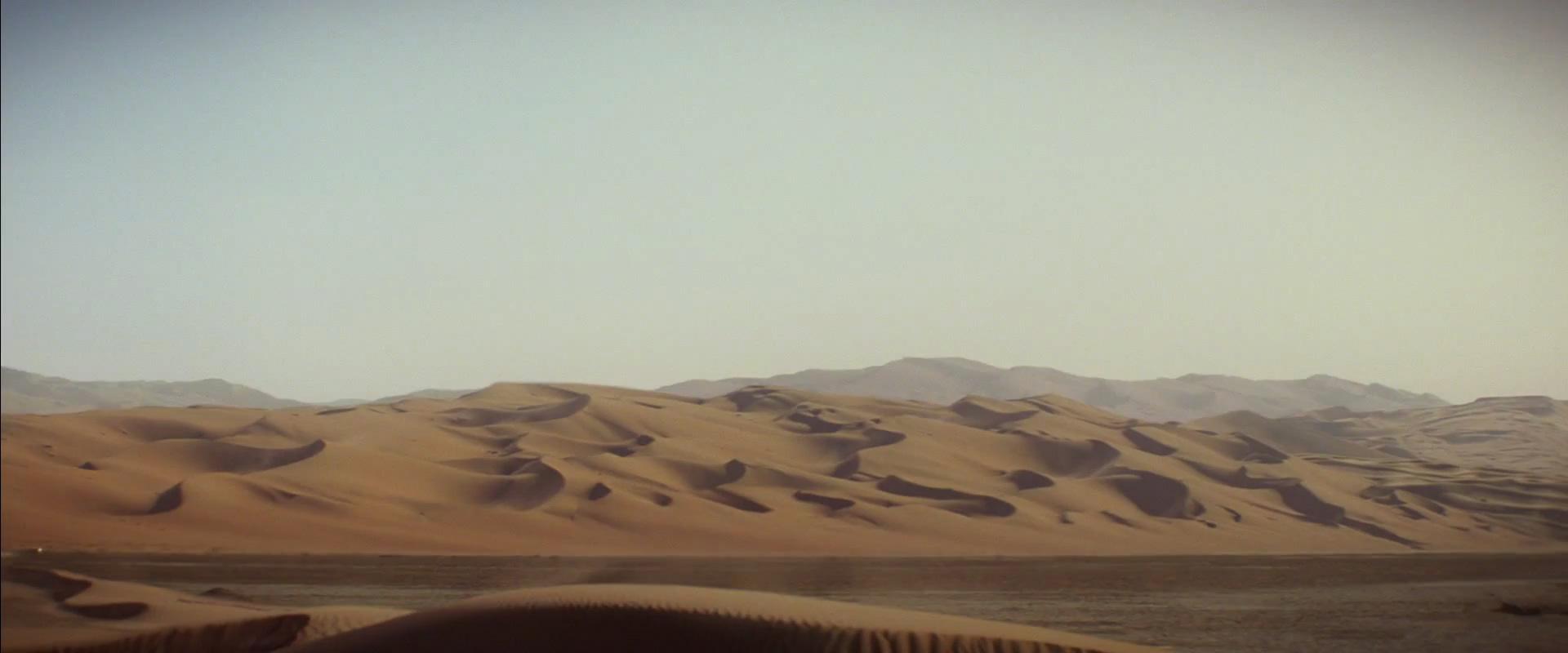 Introducing a new dessert planet namedJakku.Rey ( Daisy Ridley ) on a speeder.