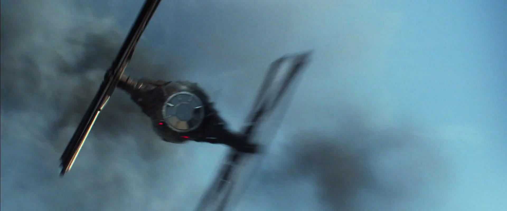 Star Wars  The Force Awakens Official Teaser #2 1811.jpg