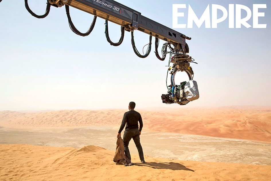 2-bts-photos-from-star-wars-the-force-awakens-and-bb-8-empire-cover3