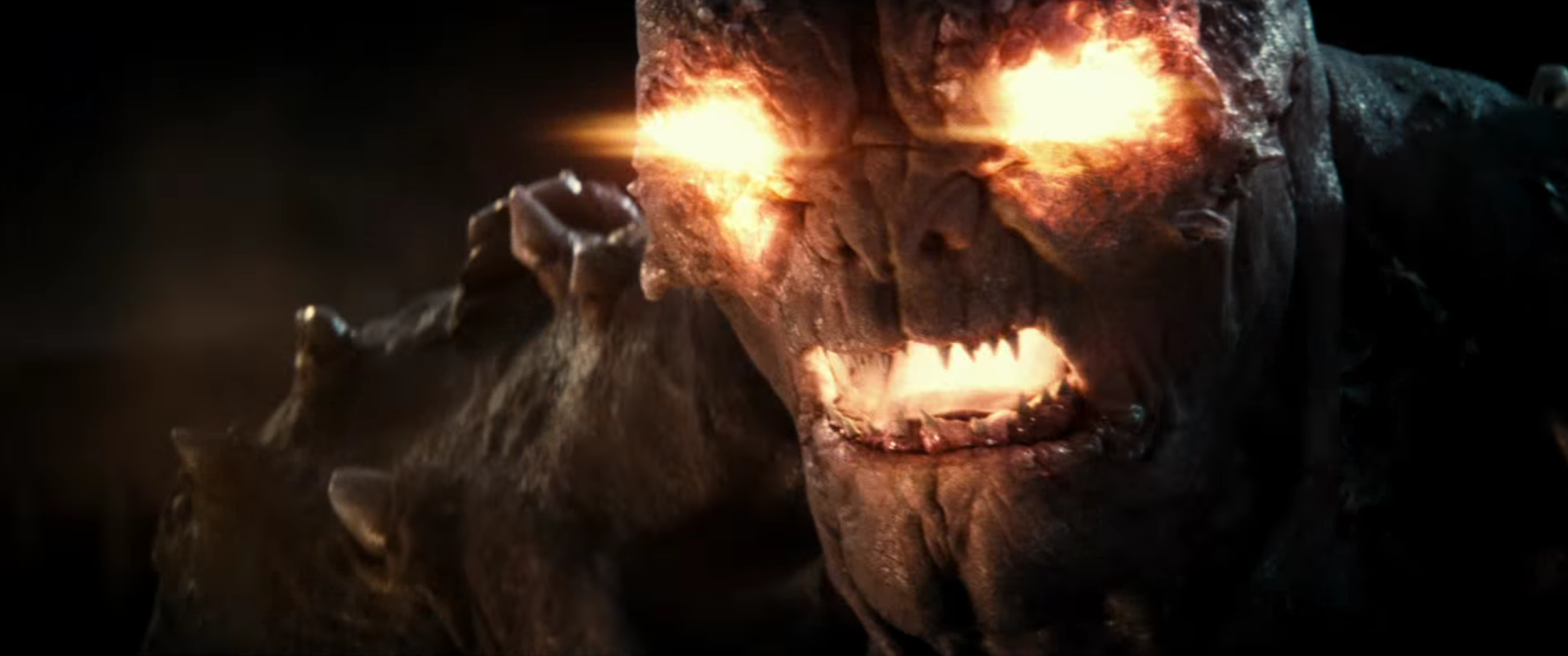there-will-be-a-bigger-villainous-threat-than-doomsday-in-batman-v-superman