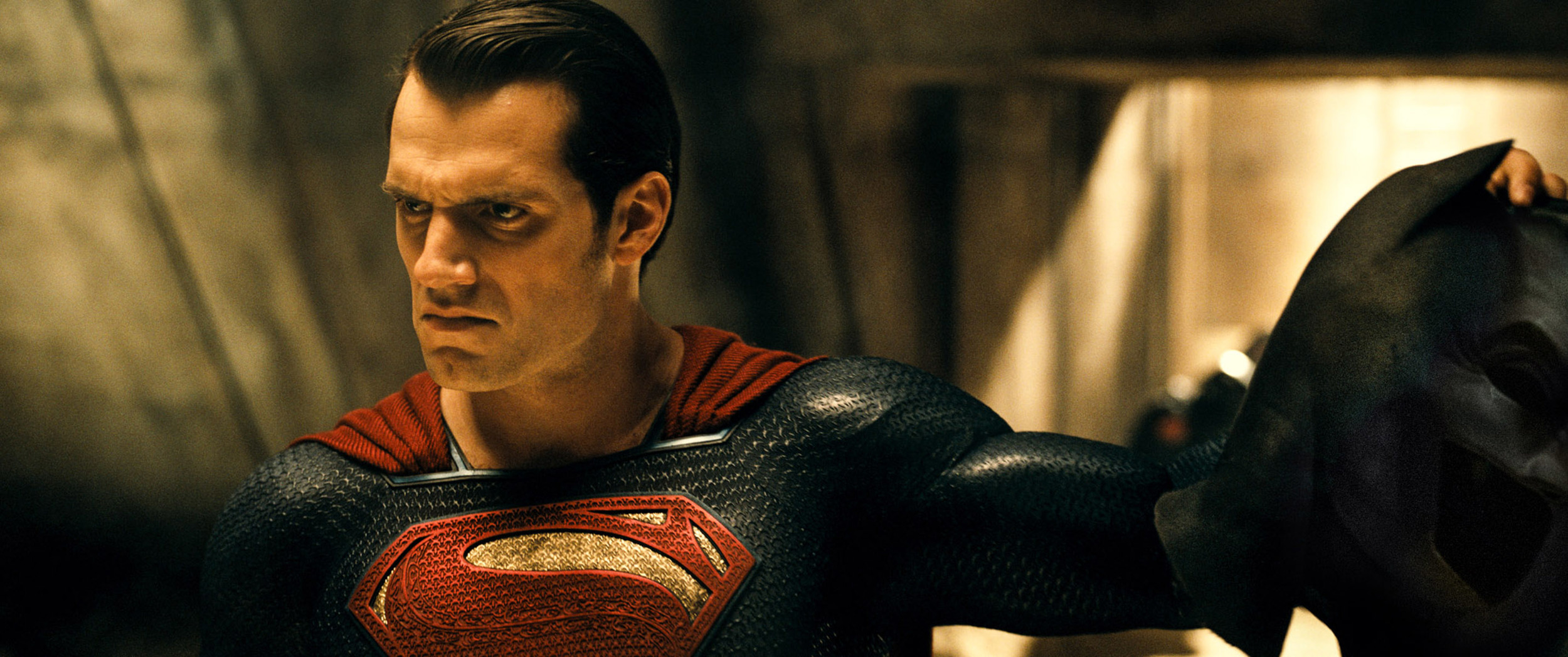 batman-v-superman-henry-cavill.jpg