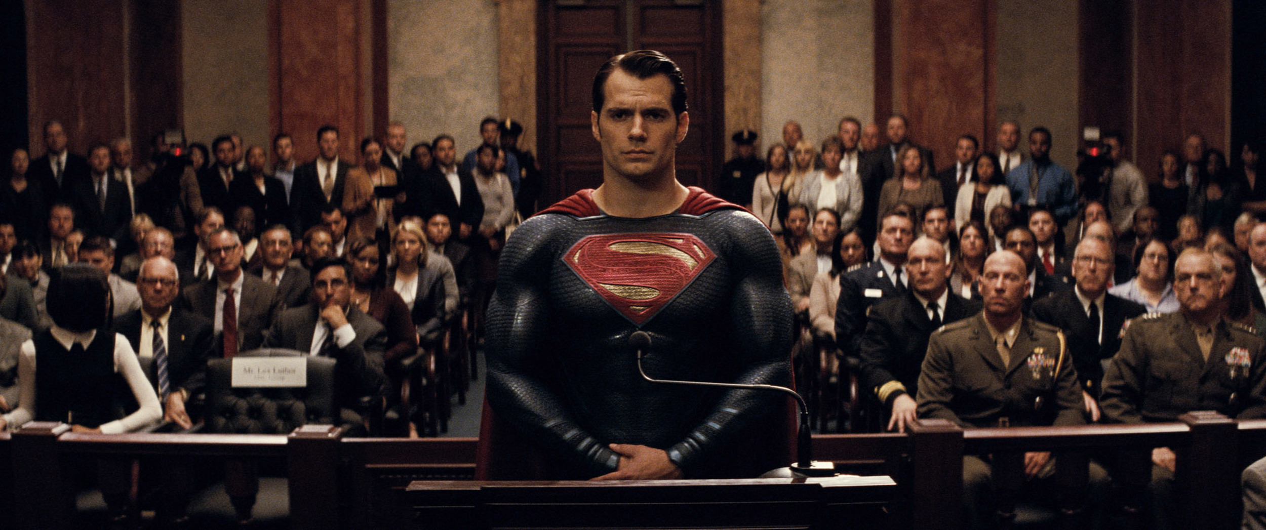 henry-cavill-batman-v-superman-dawn-of-justice.jpg