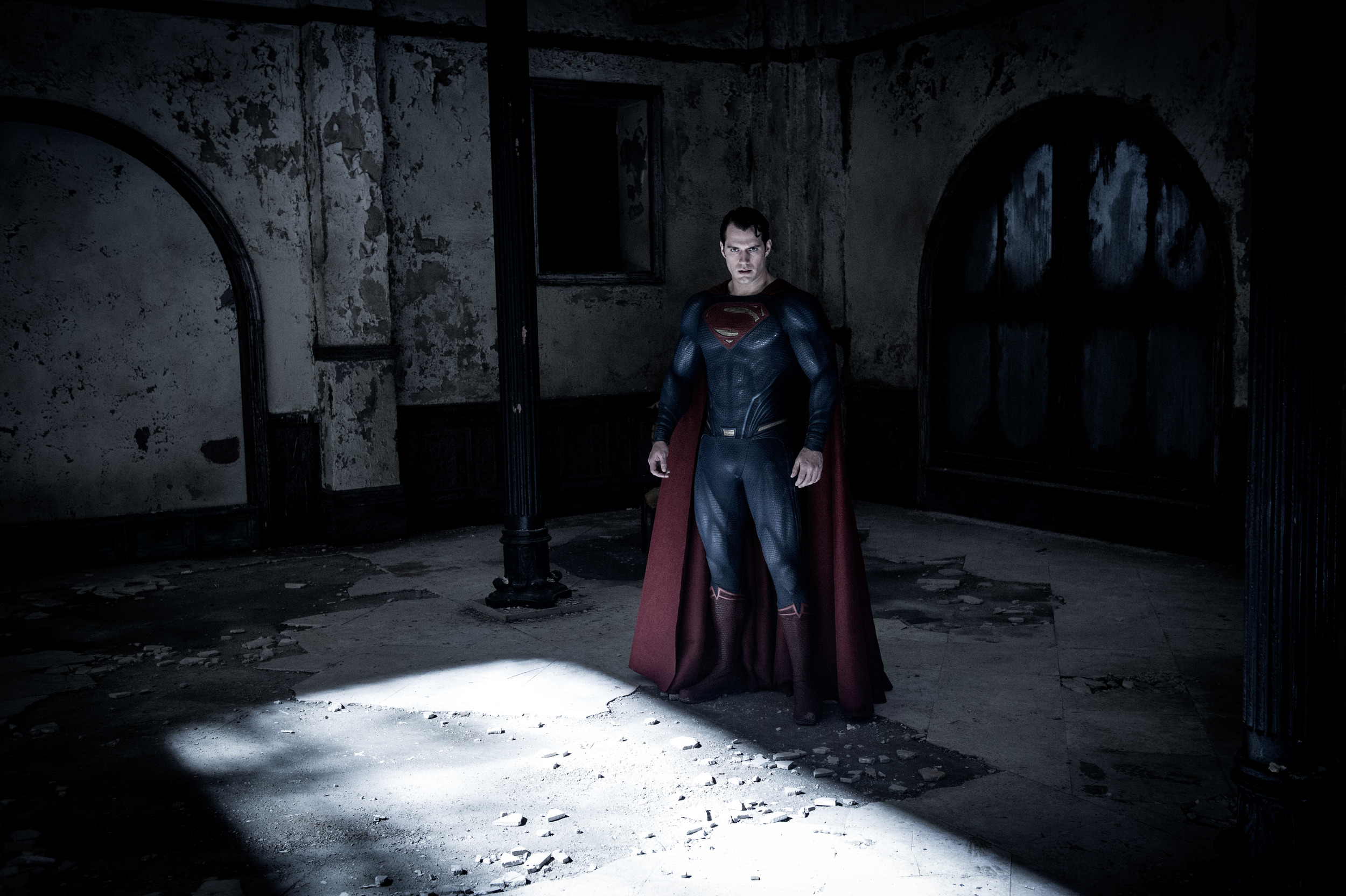henry-cavill-batman-v-superman.jpg