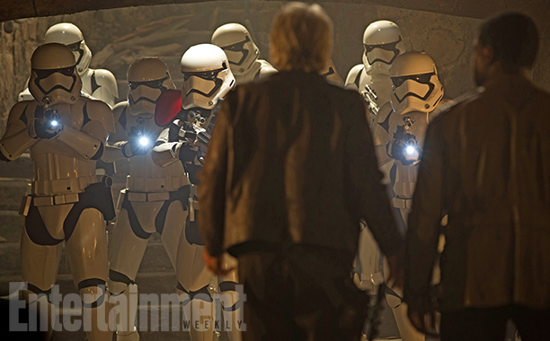 new-deleted-scene-info-and-images-from-star-wars-the-force-awakens12