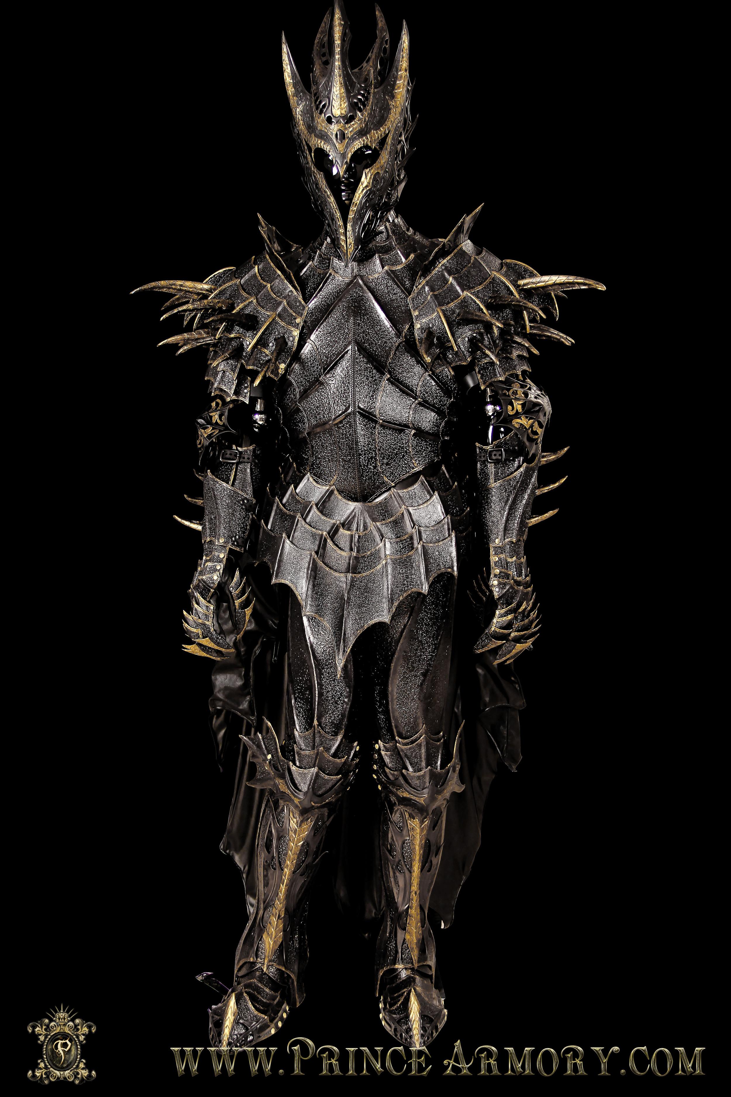 Sauron-005.jpg