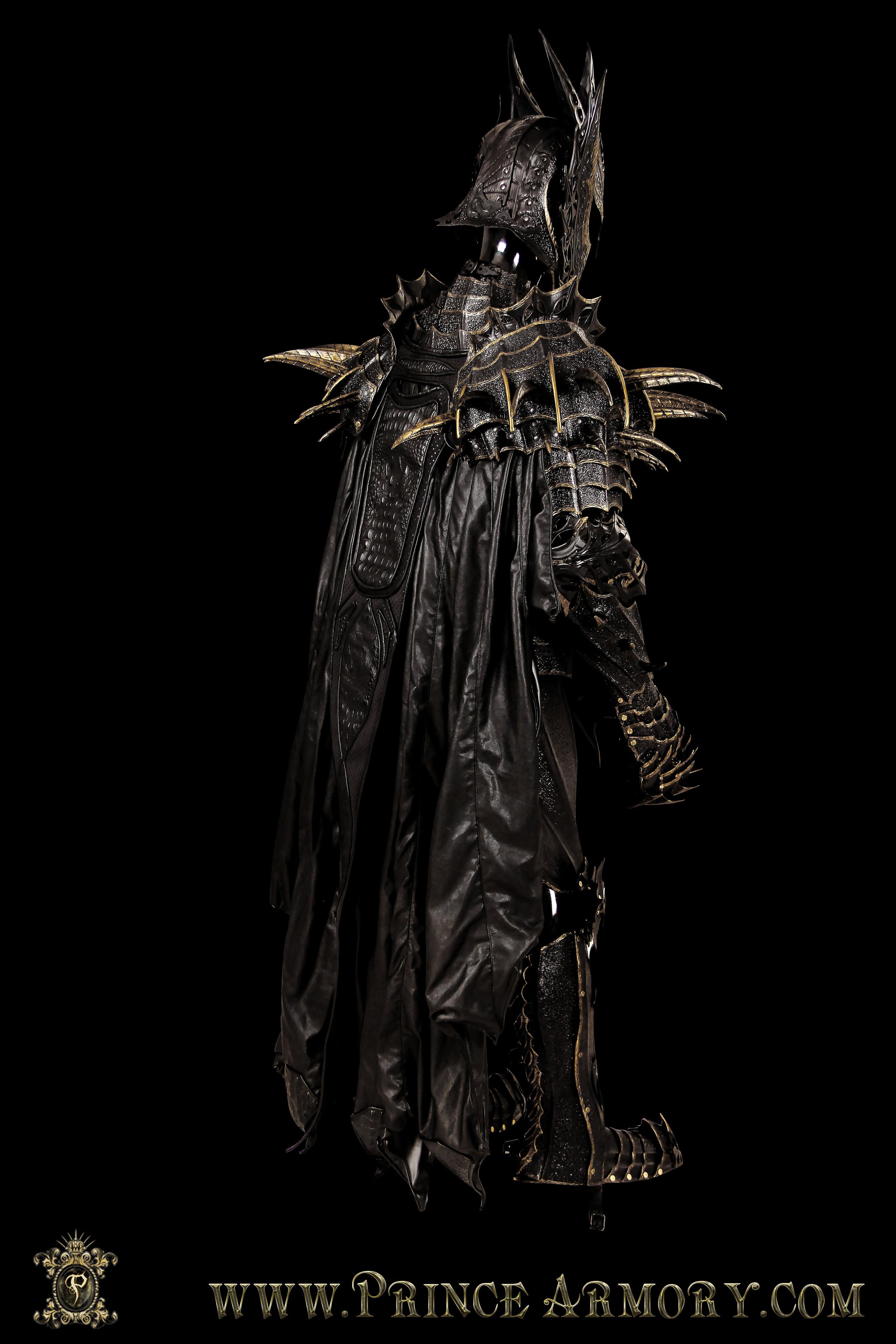 Sauron-011.jpg