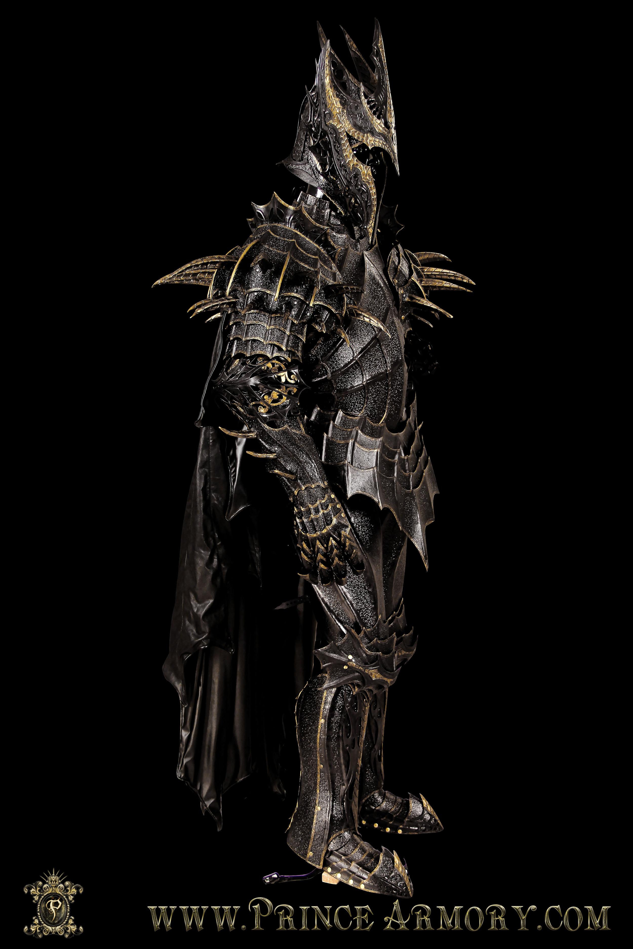 Sauron-008.jpg