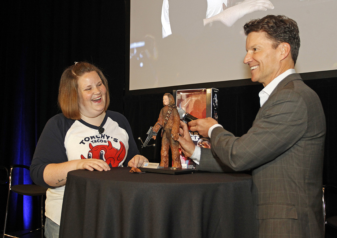 so-uh-chewbacca-mom-got-her-own-hasbro-action-figure-and-shes-charging-20-for-an-autograph2