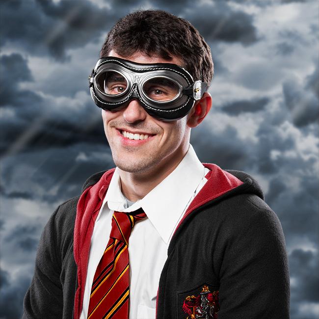 jhgm_hp_quidditch_glasses_wear.jpg