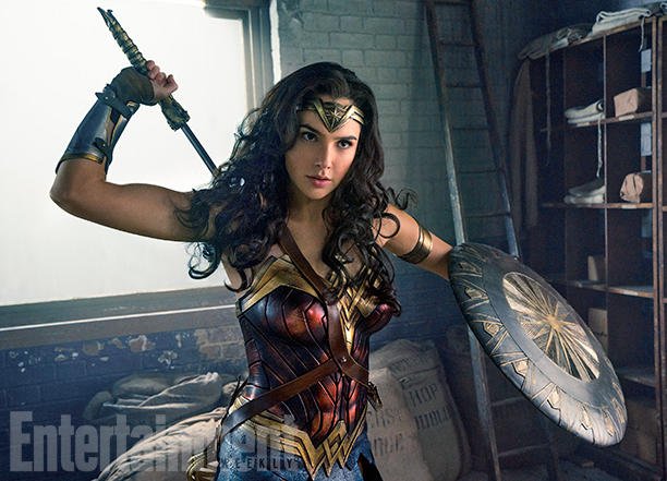 wonder-woman-is-ready-for-battle-in-new-photos-from-the-movie