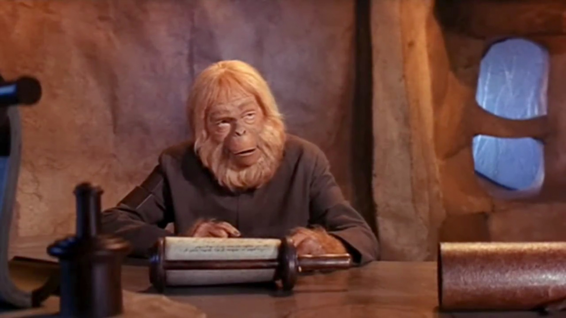 Humor Dr Zaius Talks About The Groundbreaking Interspecies Kiss