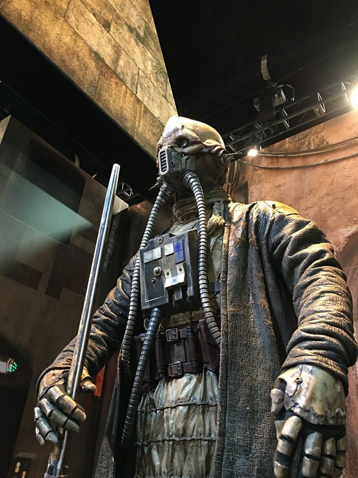 crazy-looking-new-character-revealed-for-star-wars-rogue-one5