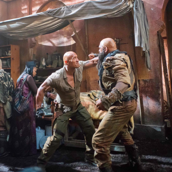 dwayne-johnson-releases-some-gritty-brawling-photos-from-jumanji4