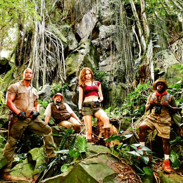 dwayne-johnson-releases-some-gritty-brawling-photos-from-jumanji5