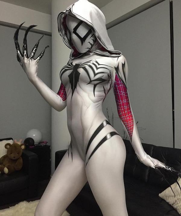 badass-spider-gwen-and-venom-cosplay-mashup-gwenom
