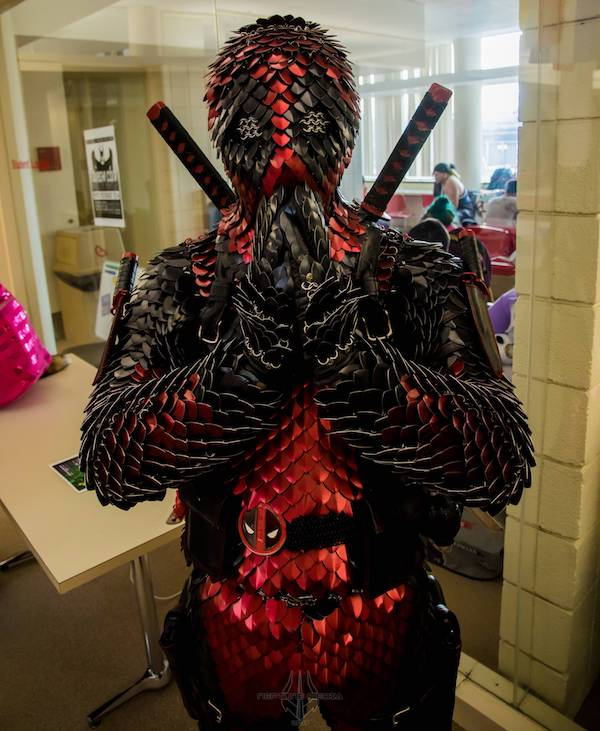 crazy-deadpool-cosplay-features-a-dragon-scale-armor-suit1