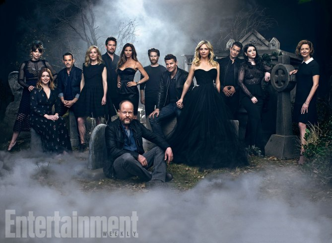 the-full-cast-of-buffy-the-vampire-slayer-reunite-for-a-20th-anniversary-photo-shoot