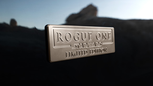 nissan-rogue-one-star-wars-limited-edition-badge.jpg