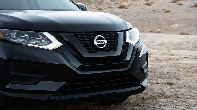 nissan-rogue-star-wars-edition-grille.jpg