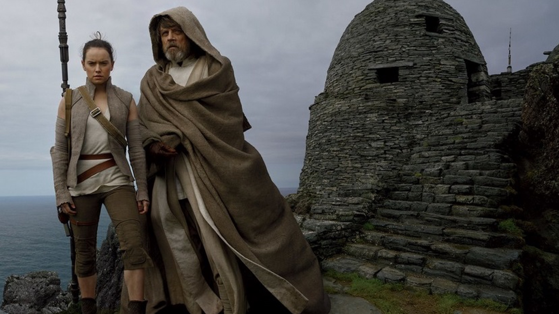 mark-hamill-talks-about-his-place-in-star-wars-the-last-jedi-its-not-about-luke-anymore-social.jpg