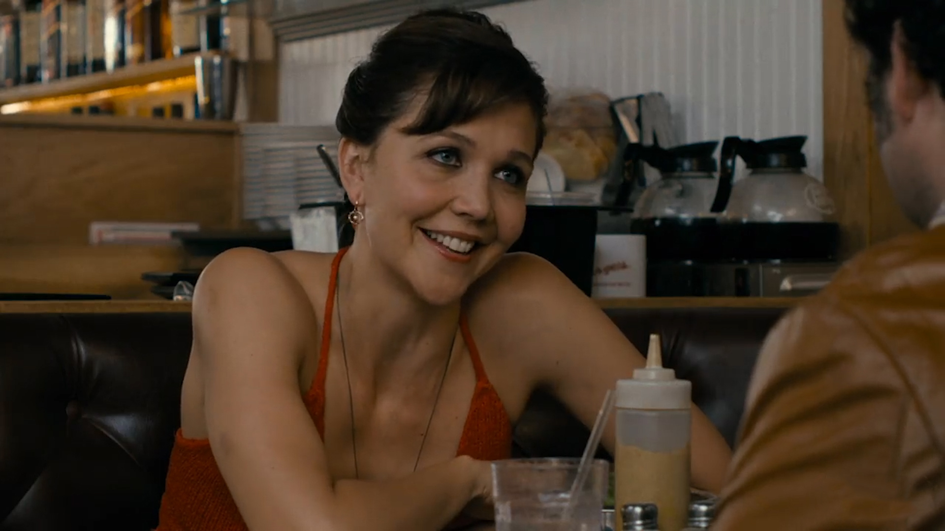 maggie-gyllenhaal-visited-a-porn-set-to-research-the-deuce-social.jpg