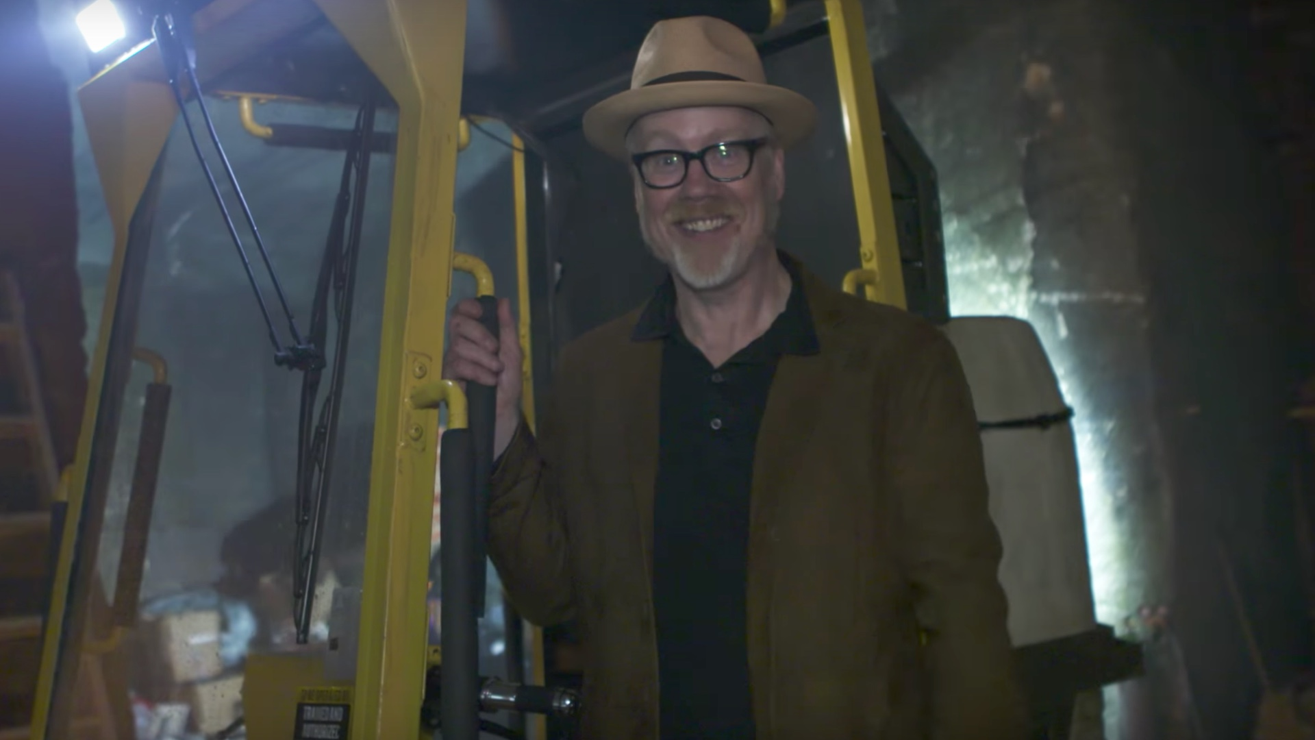 Watch Adam Savage Give a Tour of Part of The Amazing BLADE RUNNER 2049 Set-social.jpg