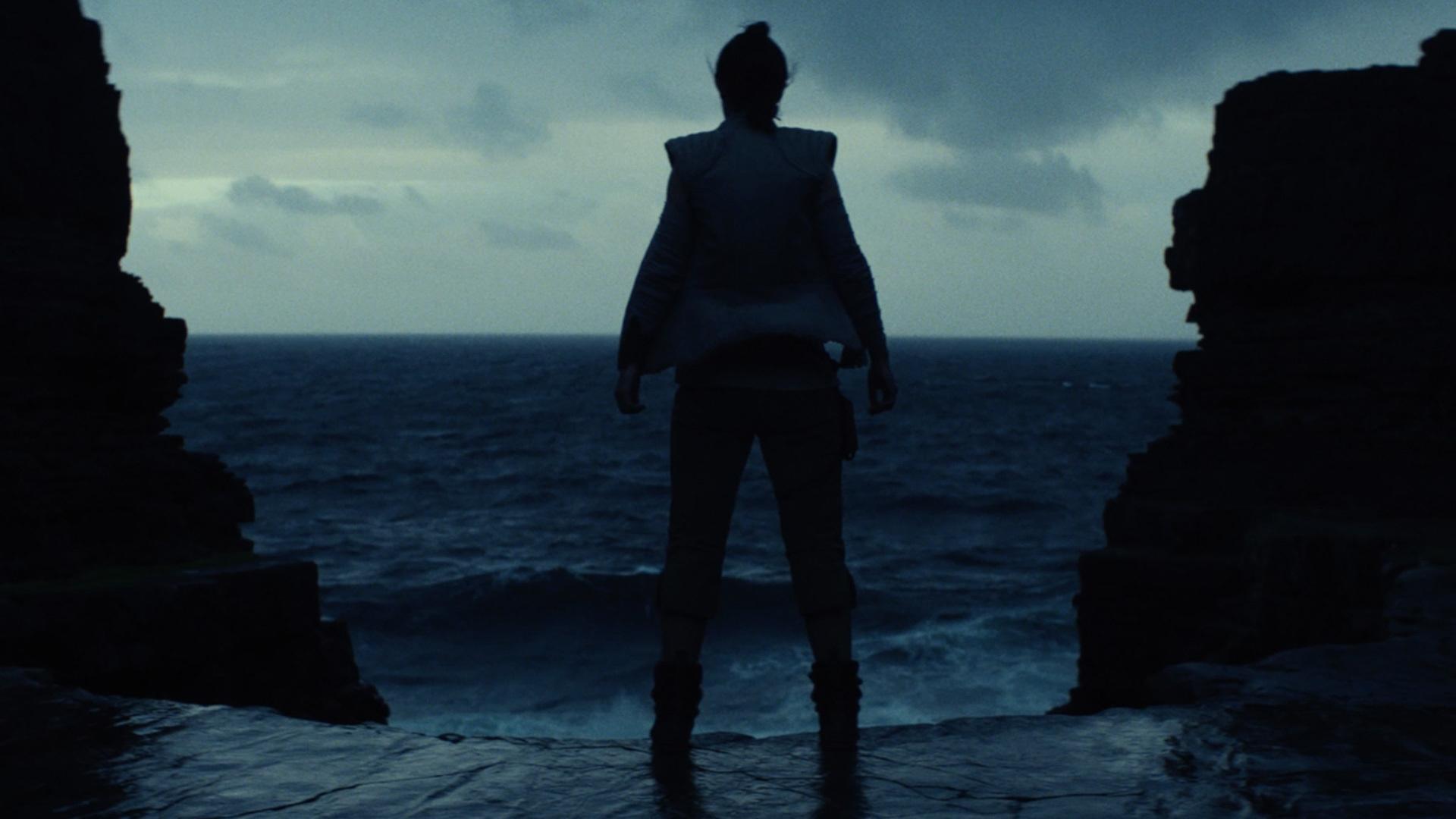 rian-johnson-says-star-wars-the-last-jedi-trailers-do-not-misrepresent-the-film-social.jpeg