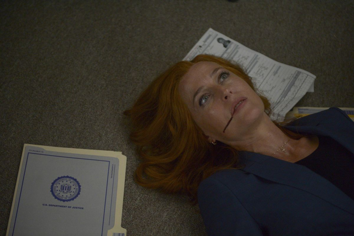 30-new-images-from-the-x-files-season-11-and-an-amusing-alien-prank-video1.jpeg