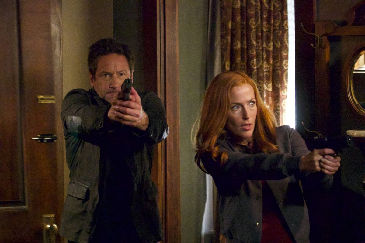 30-new-images-from-the-x-files-season-11-and-an-amusing-alien-prank-video21.jpeg