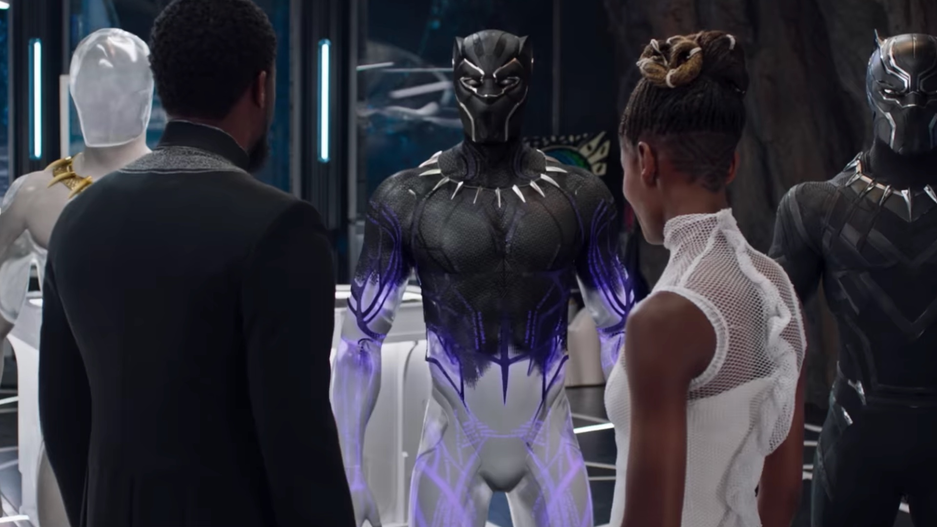 Black Panther Gets A Cool New Tv Spot And A Featurette Focusing On The Suit S Capabilities Geektyrant