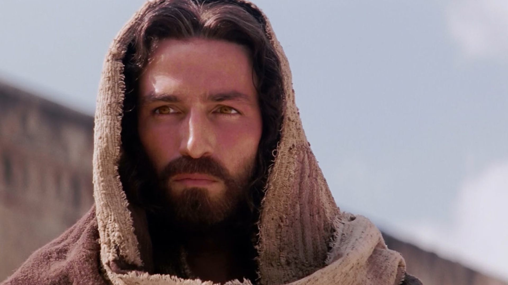 Jim Caviezel Says Mel Gibson S Passion Of The Christ Sequel Will
