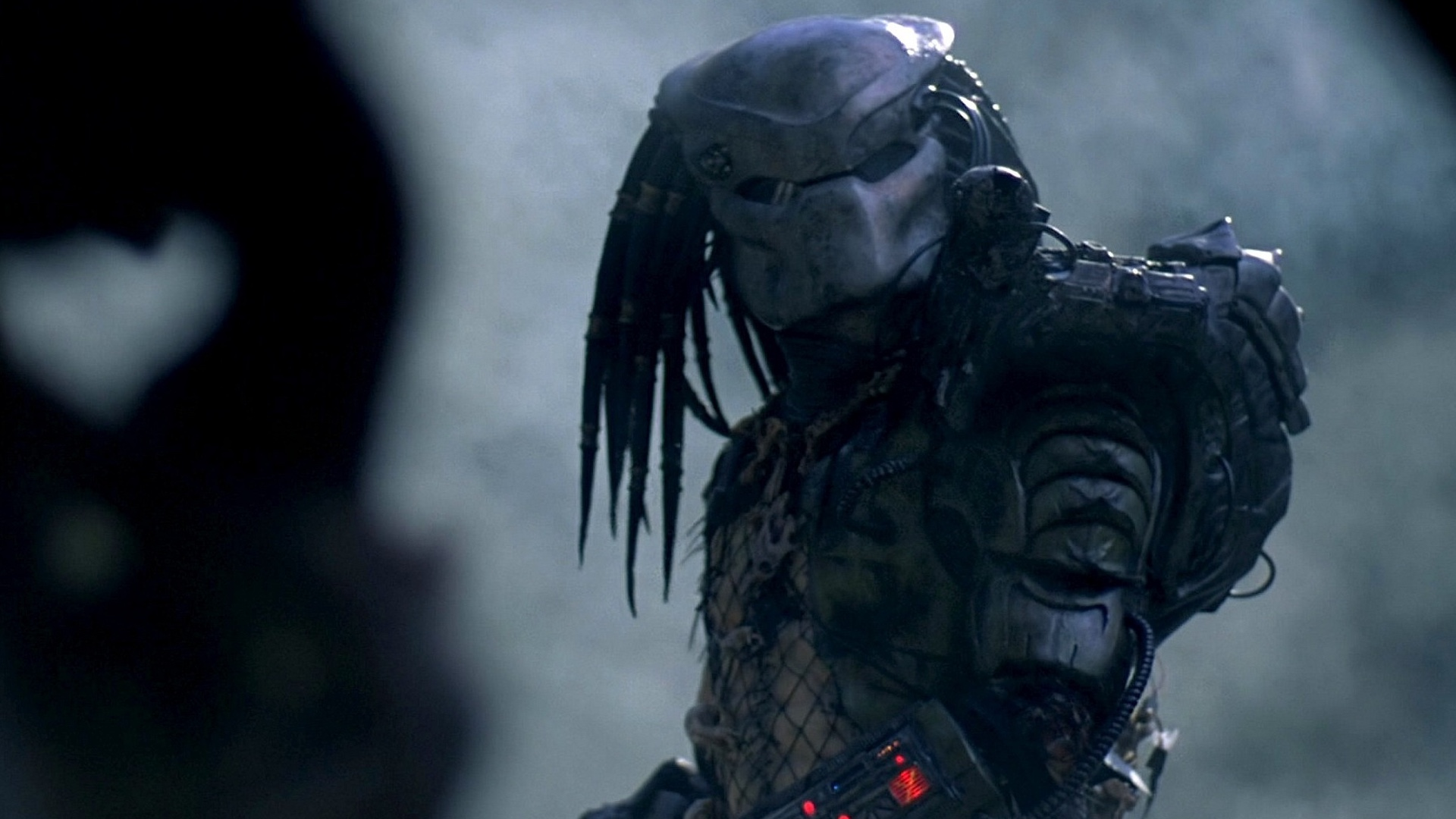 shane-blacks-the-predator-has-gone-through-extensive-reshoots-that-drastically-changed-the-third-act-social.jpg