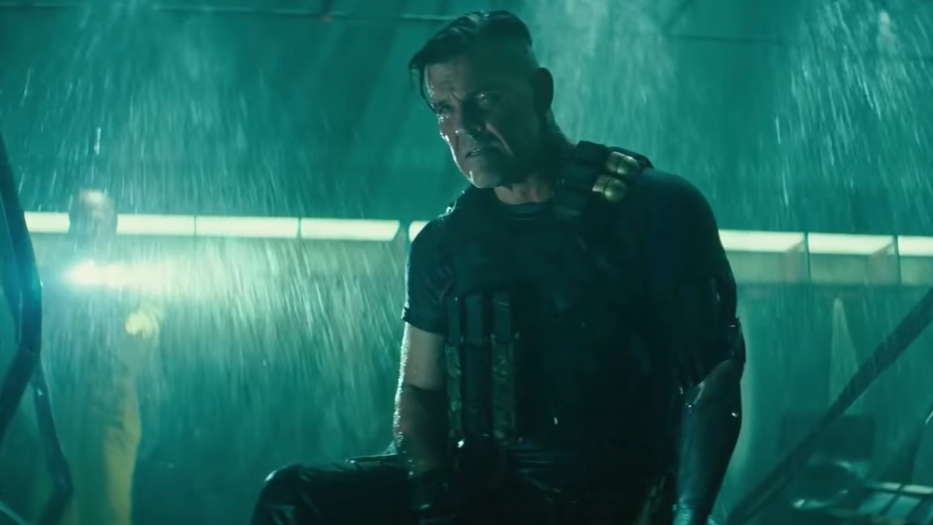deadpool-and-cable-fight-in-new-clip-from-deadpool-2-social.jpg