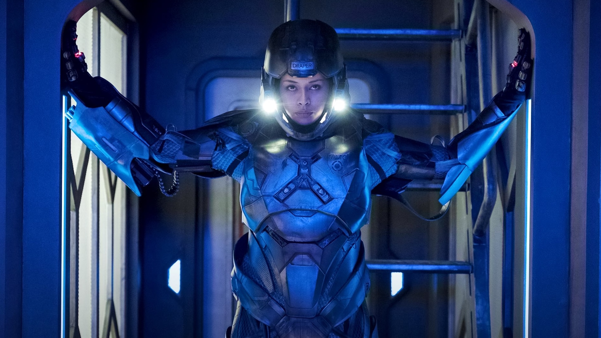 the-expanse-has-officially-been-picked-up-for-season-4-by-amazon-social.jpg