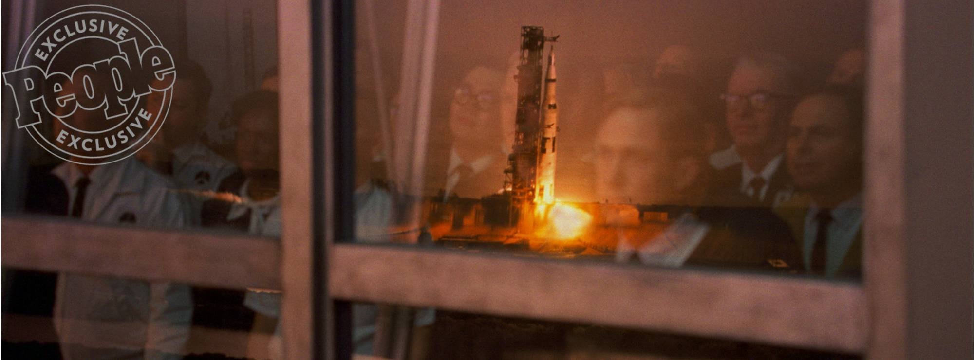 first-photos-of-ryan-gosling-as-neil-armstrong-in-the-moon-landing-film-first-man6